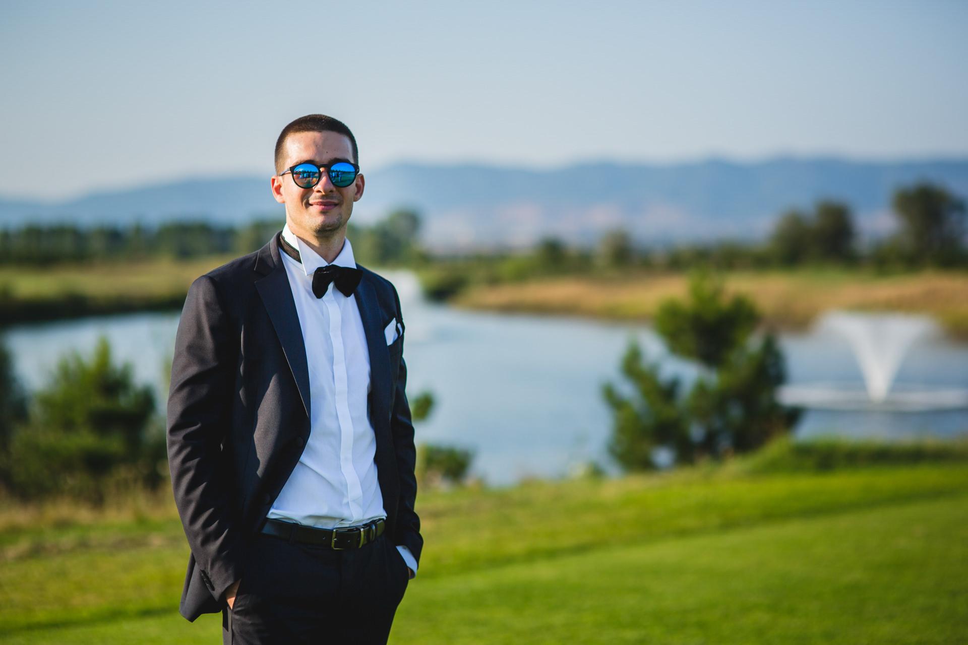 младоженец